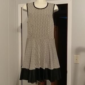 Cute dress with leather accents